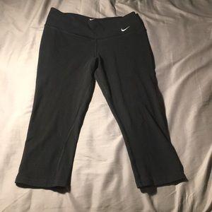 Nike Cropped Legging